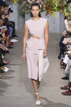 Jason Wu Spring/Summer 2018 Ready-To-Wear Collection