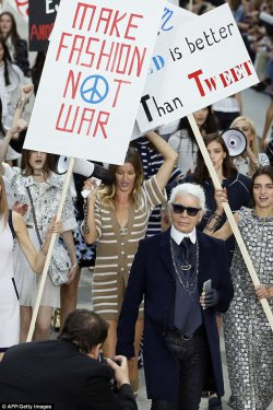 Karl Lagerfeld Put Ladies First for Chanel SS 2015