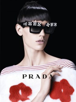 Prada goes Daisy for Spring 2013...