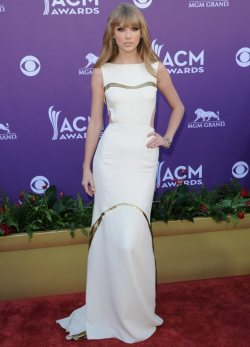 Taylor Swift at the American Country Music Awards 2012