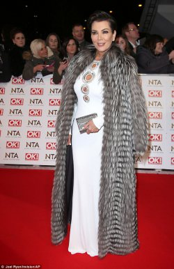 Kris Jenner brings Hollywood glamour to the NTAs